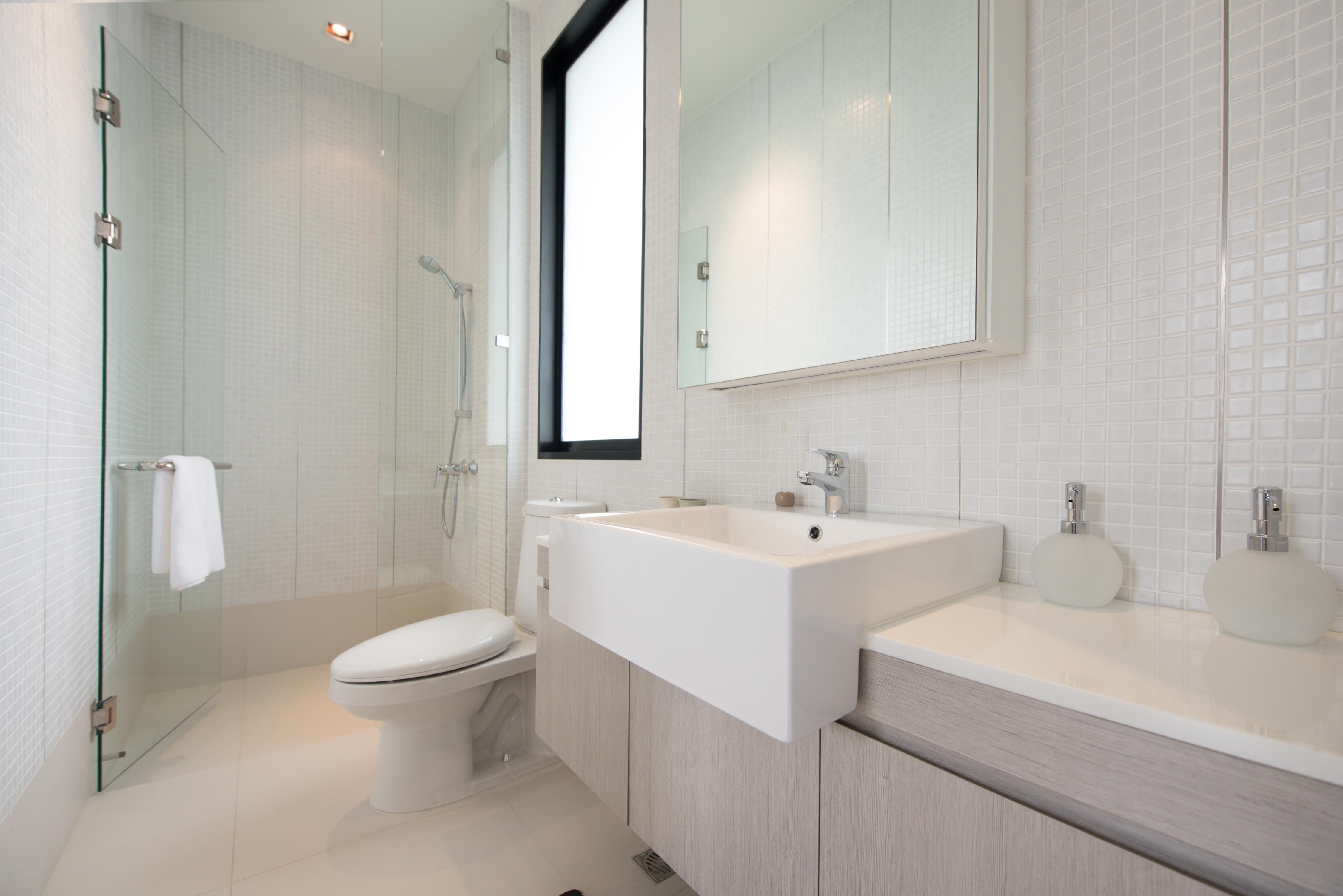 How To Make The Most Out Of A Small Bathroom | Quality ... on Small Bathroom Ideas Uk id=90145