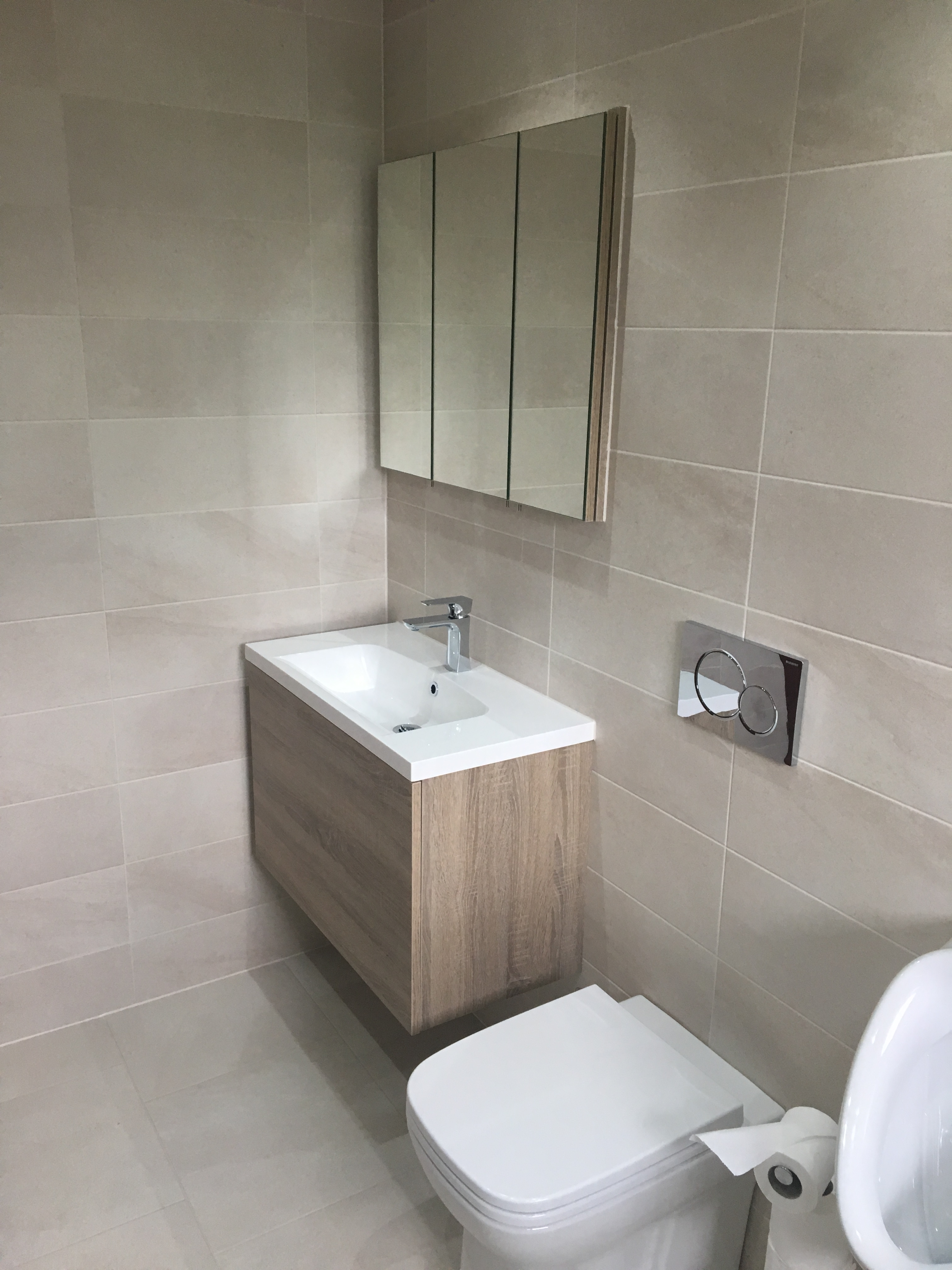 How To Make The Most Out Of A Small Bathroom Quality Bathrooms Of Scunthorpe